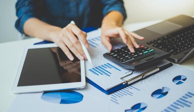 Comment gérer son budget quand on est freelance ? - Heyme