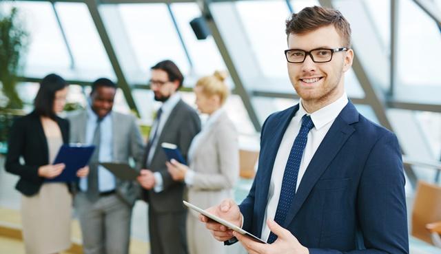 Comment se démarquer en freelance ? - Heyme